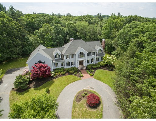 Single Family Home for Sale at 12 Carriage Chase North Andover, Massachusetts 01845 United States