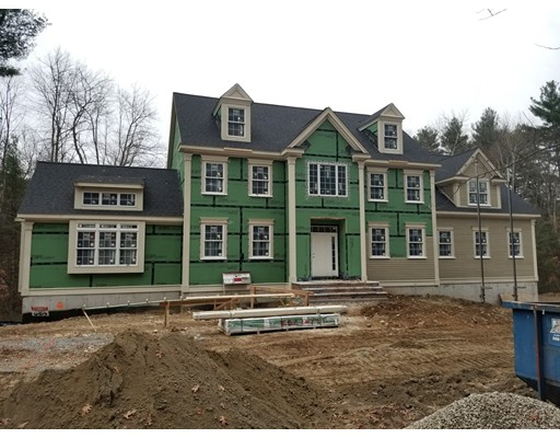 Single Family Home for Sale at 17 S. Mill Street Hopkinton, Massachusetts 01748 United States