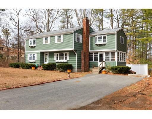 واحد منزل الأسرة للـ Sale في 67 Circuit Street Halifax, Massachusetts 02338 United States