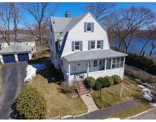 Maison unifamiliale pour l Vente à 50 Fairview Avenue Arlington, Massachusetts 02474 États-Unis