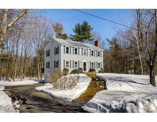 Casa Unifamiliar por un Venta en 8 Shannon Road Hampstead, Nueva Hampshire 03841 Estados Unidos