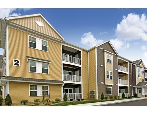 Single Family Home for Rent at 244 Washington Street Easton, Massachusetts 02356 United States
