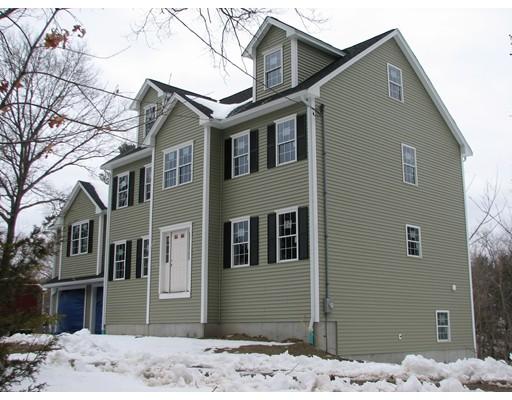 Частный односемейный дом для того Продажа на 1 Garden Brook Billerica, Массачусетс 01821 Соединенные Штаты
