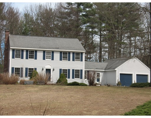 Single Family Home for Sale at 8 Whittier Drive Hampton Falls, New Hampshire 03844 United States