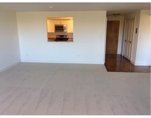 Additional photo for property listing at 3 stonehill drive  Stoneham, Massachusetts 02180 United States