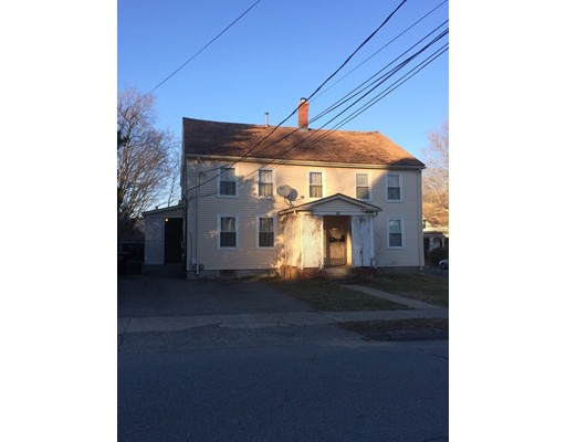 Single Family Home for Rent at 10 Webster Middleboro, 02346 United States
