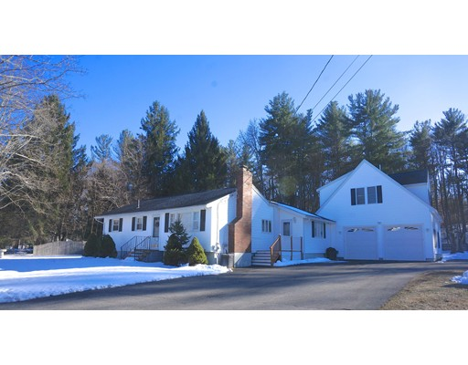 11 Carriage Dr, Chelmsford, MA 01824
