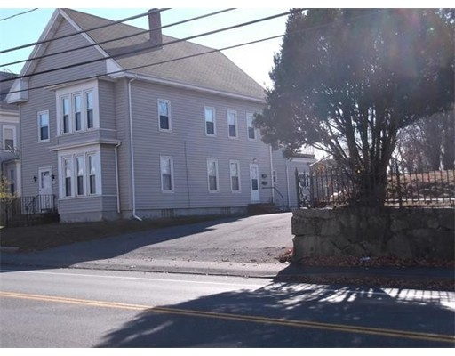 Additional photo for property listing at 341 Centre Street  Brockton, Massachusetts 02302 Estados Unidos