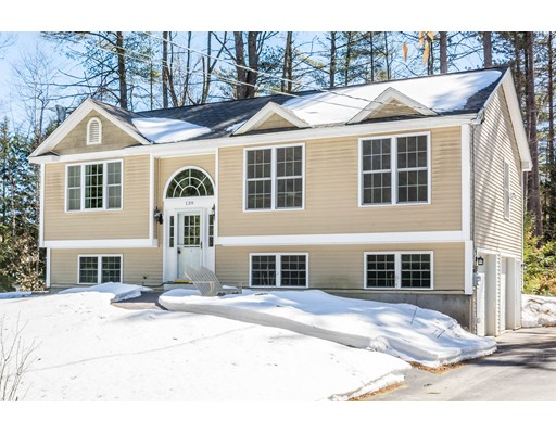 Maison unifamiliale pour l Vente à 139 Red Gate Lane Rindge, New Hampshire 03461 États-Unis