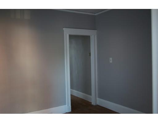 独户住宅 为 出租 在 20 Ferry Street Everett, 02149 美国