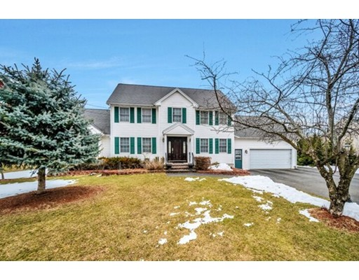 Single Family Home for Sale at 131 Burlington Street Woburn, Massachusetts 01801 United States