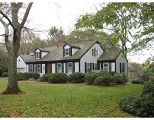 Single Family Home for Rent at 17 Hornbeam Road Duxbury, Massachusetts 02332 United States