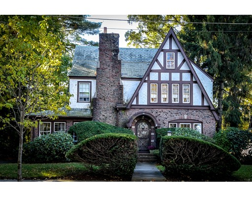 Single Family Home for Sale at 18 Brackett Road Newton, Massachusetts 02458 United States