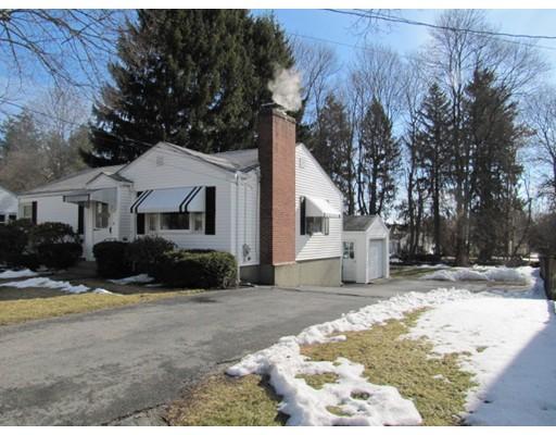 Single Family Home for Sale at 17 Francis Avenue Shrewsbury, Massachusetts 01545 United States