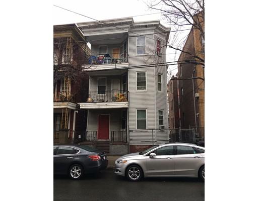 Casa Multifamiliar por un Venta en 280 Chestnut Street Chelsea, Massachusetts 02150 Estados Unidos