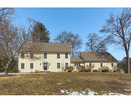 Single Family Home for Sale at 9 Longmeadow Drive Ipswich, Massachusetts 01938 United States