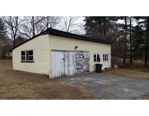 Single Family Home for Rent at 181 Concord Ashland, Massachusetts 01721 United States