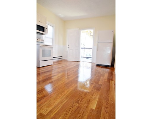 独户住宅 为 出租 在 3140 washington 波士顿, 马萨诸塞州 02130 美国