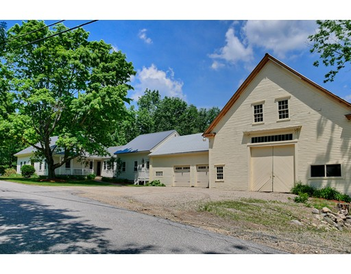 Single Family Home for Sale at 79 North Road Candia, New Hampshire 03034 United States