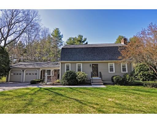 Single Family Home for Sale at 18 Everett Street Norfolk, Massachusetts 02056 United States