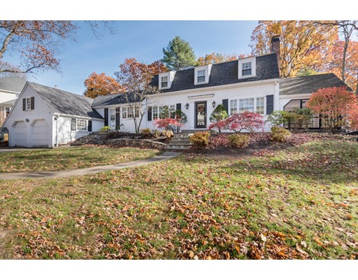 Single Family Home for Sale at 96 Bristol Road Wellesley, Massachusetts 02481 United States