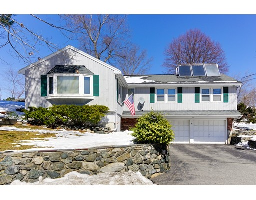 Additional photo for property listing at 39 Locust Street  Burlington, Massachusetts 01803 Estados Unidos