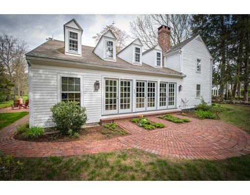 Single Family Home for Sale at 128 Plympton Road Sudbury, Massachusetts 01776 United States