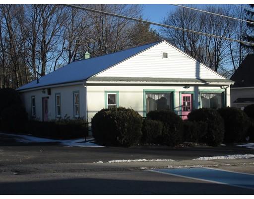 Commercial pour l à louer à 305 North Oxford Street Auburn, Massachusetts 01501 États-Unis