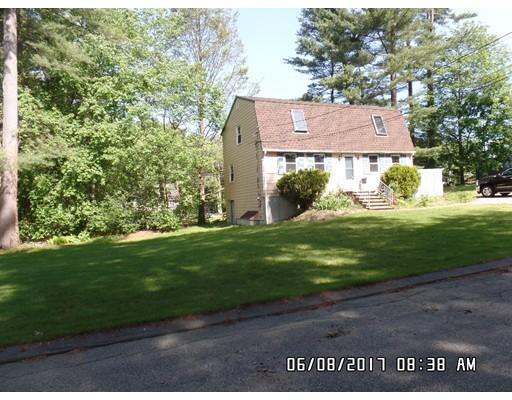 27 Auburn Ave, Wilmington, MA 01887