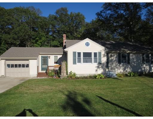 Maison unifamiliale pour l Vente à 799 Williams Street Dighton, Massachusetts 02764 États-Unis