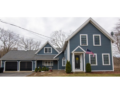 Single Family Home for Sale at 328 Elm Street East Bridgewater, 02333 United States