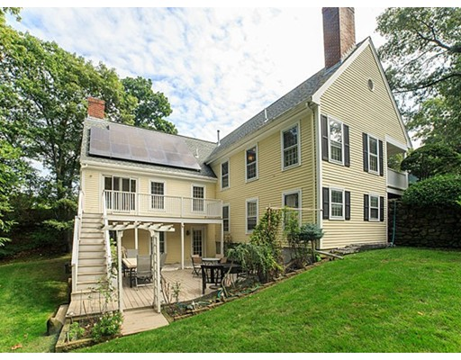 Single Family Home for Sale at 1 Ledgewood Place Belmont, Massachusetts 02478 United States