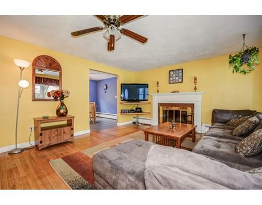 Single Family Home for Sale at 66 Edsel Road Littleton, Massachusetts 01460 United States