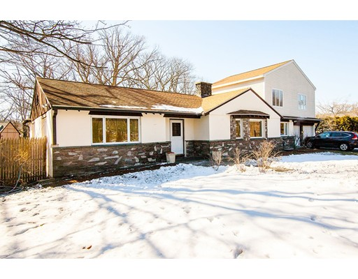 Single Family Home for Sale at 945 Hammond Street Brookline, 02467 United States