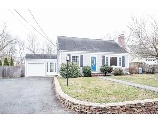 Casa Unifamiliar por un Venta en 7 Mohawk Drive East Providence, Rhode Island 02915 Estados Unidos