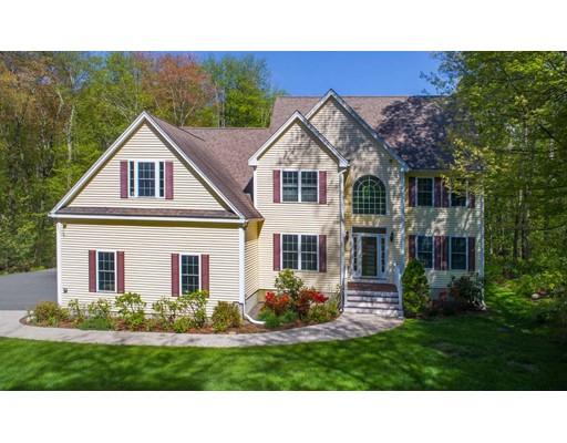 33 Ted Lane, Southborough, MA 01772