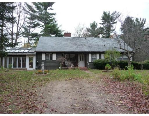 Casa Unifamiliar por un Venta en 6 Stoddard Road North Brookfield, Massachusetts 01535 Estados Unidos