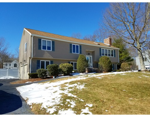 Casa Unifamiliar por un Venta en 201 Bramblebush Road Stoughton, Massachusetts 02072 Estados Unidos
