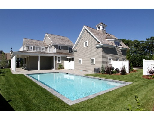 Single Family Home for Sale at 21 Flat Pond Circle Mashpee, Massachusetts 02649 United States