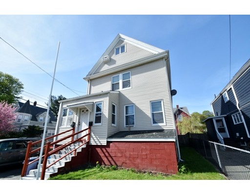 多户住宅 为 销售 在 170 Linwood Avenue 梅尔罗斯, 马萨诸塞州 02176 美国