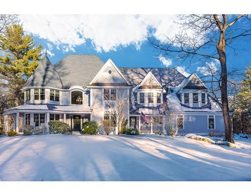 独户住宅 为 销售 在 11 Windsor Drive Foxboro, 马萨诸塞州 02035 美国