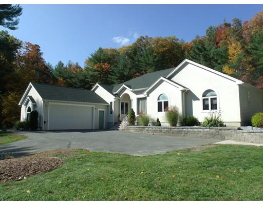 独户住宅 为 销售 在 10 Sand Hill Road Monson, 马萨诸塞州 01057 美国