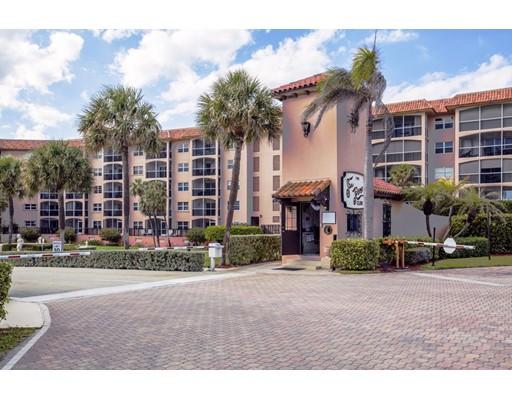 Appartement en copropriété pour l Vente à 2871 N Ocean Blvd Boca Raton, Florida 33431 États-Unis