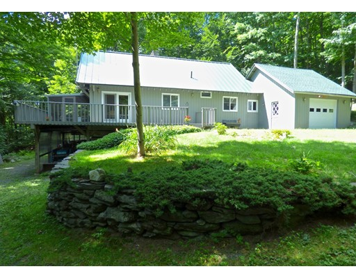 独户住宅 为 销售 在 62 Powell Road Cummington, 马萨诸塞州 01026 美国