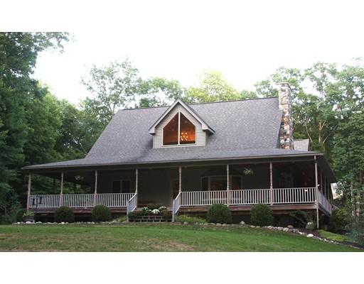 Maison unifamiliale pour l Vente à 2813 Greenwich Road Hardwick, Massachusetts 01031 États-Unis