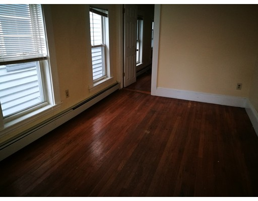 Single Family Home for Rent at 113 Hampshire Street Cambridge, Massachusetts 02139 United States