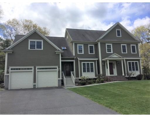 Casa Unifamiliar por un Venta en 21 Boyden Road Medfield, Massachusetts 02052 Estados Unidos