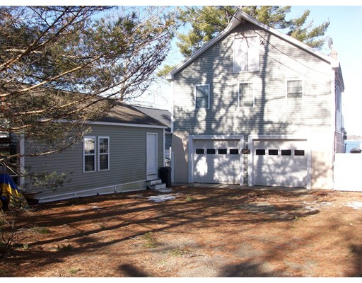 Maison unifamiliale pour l Vente à 14 Pebble Beach Road Webster, Massachusetts 01570 États-Unis