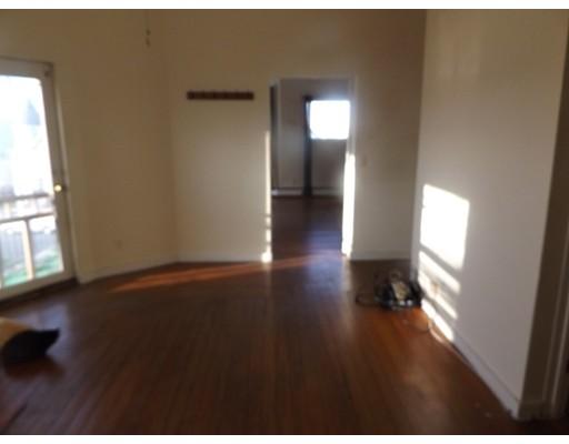 Casa Unifamiliar por un Alquiler en 186 Broadway Somerville, Massachusetts 02145 Estados Unidos