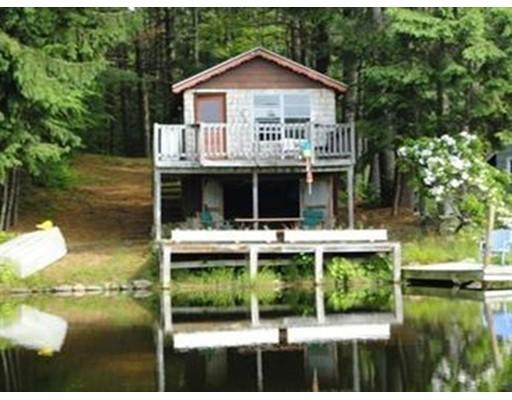 独户住宅 为 销售 在 25 Pine Island Lake Westhampton, 马萨诸塞州 01027 美国